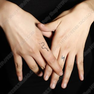 Snake Finger Tattoos Snake Tattoo Small Snake Tattoo Tattoos
