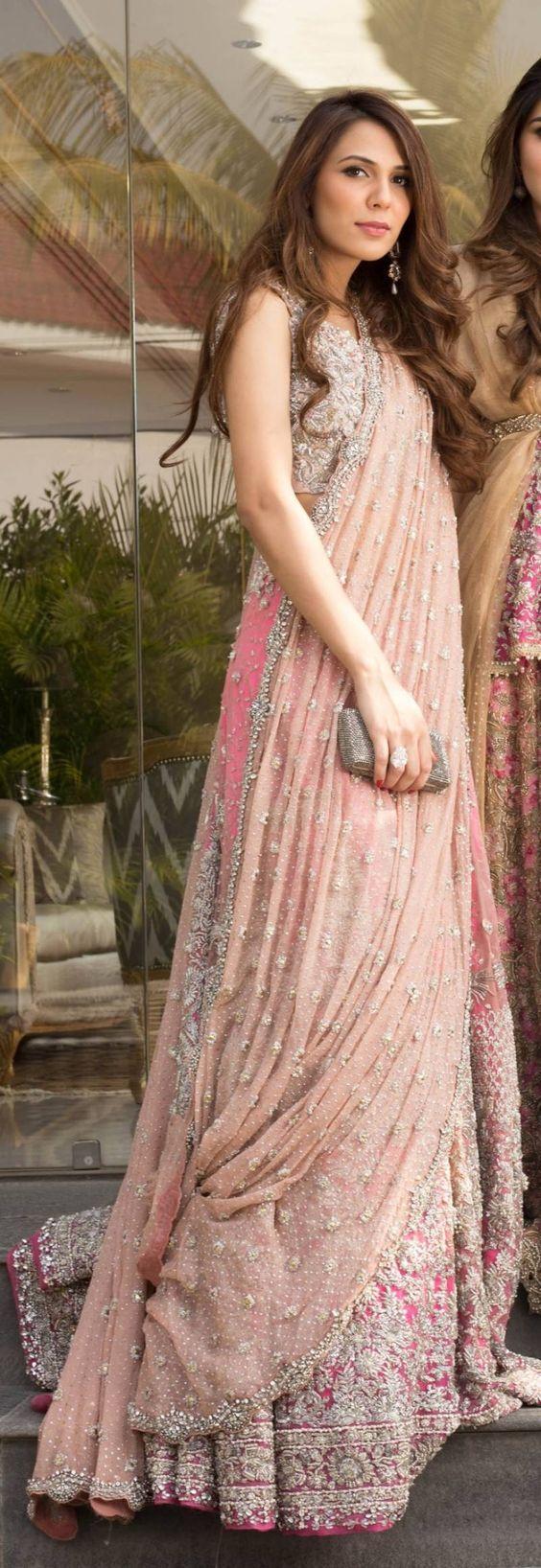 Pin de Nisha Designer en ethenic attire | Pinterest | Bellisima