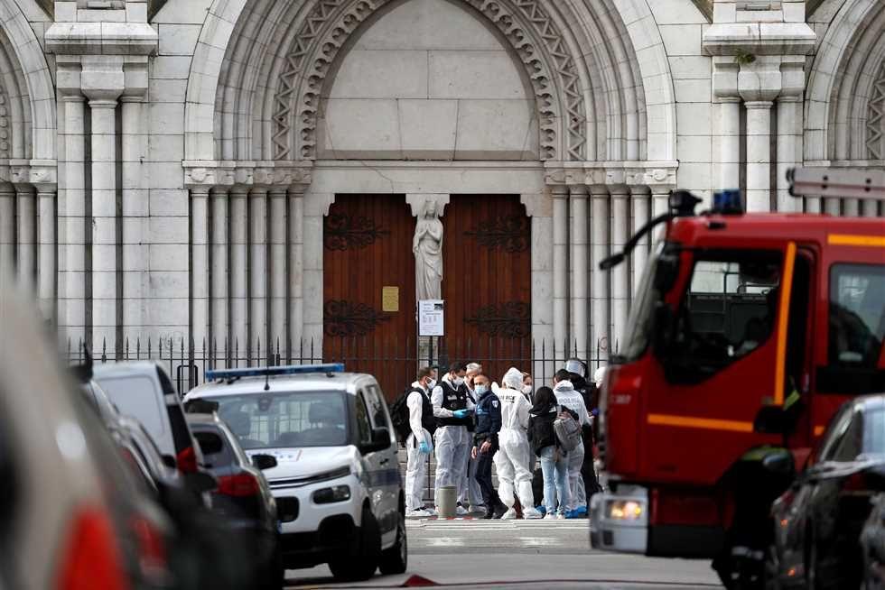 كل ما تريد معرفته عن هجوم نيس في فرنسا Street View Scenes Street