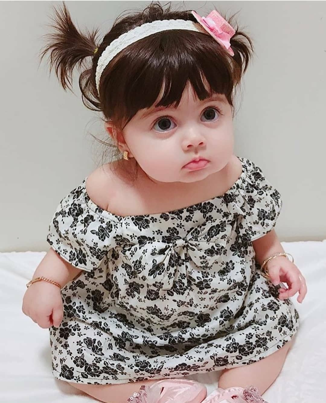 Coolness Look Cute Baby Videos Cute Kids Photography Baby Girl Pictures