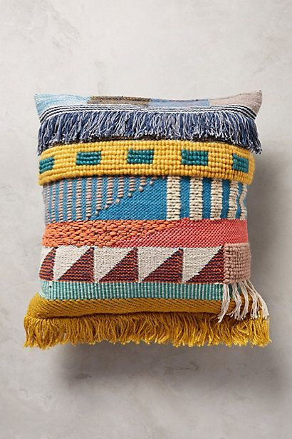 Colors Patterns Fringe Pillow 3 Courtepointes Coussin Habitat Idees De Broderie