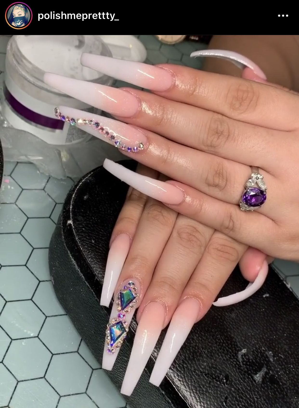 Pin By Lauracasanova On Nails In 2020 French Manicure Acrylic Nails Long Acrylic Nails Bling Acrylic Nails