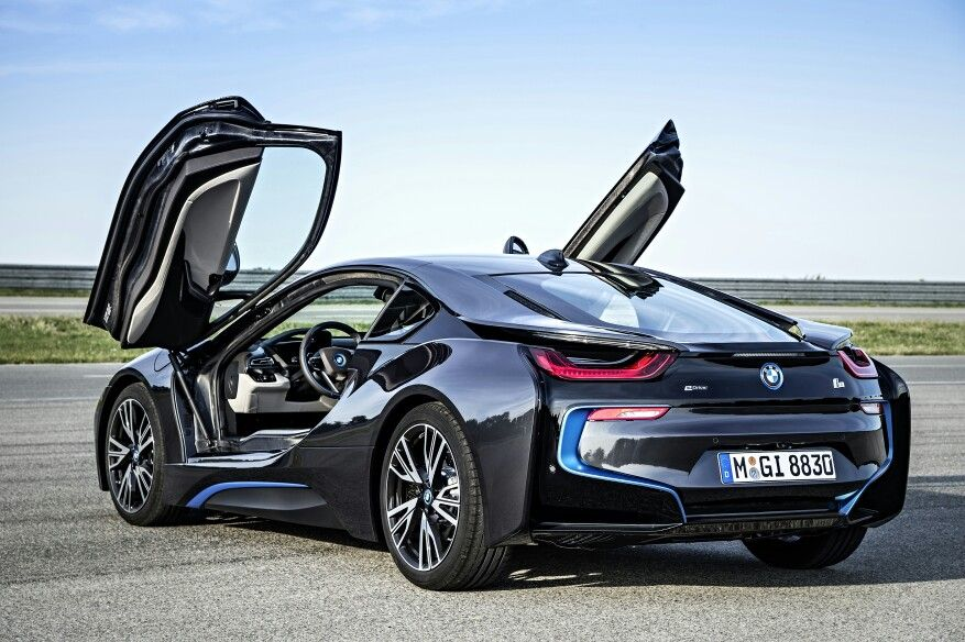 BMW i8. I don\'t want it, looks great, but it is unfamiliar ...