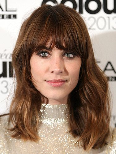Bella hadids new fringe will make you want to cut your hair hair haircut styles winobraniefo Images