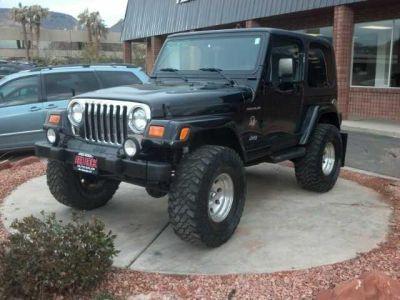 1996 2012 Jeep Wrangler White Black 2 Door 4x4 2012 Jeep Wrangler Jeep Wrangler Jeep