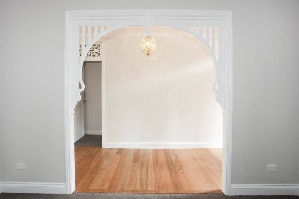 The Classic Traditional Archway