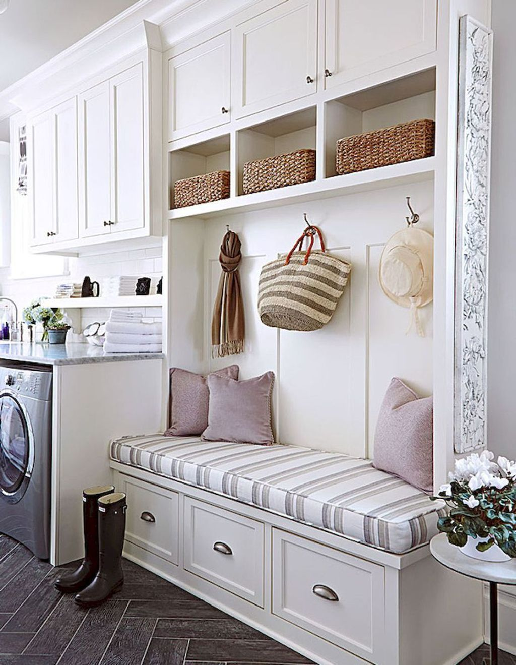 38 Inspiring Rustic Small Mudroom Bench Ideas Laundry Room