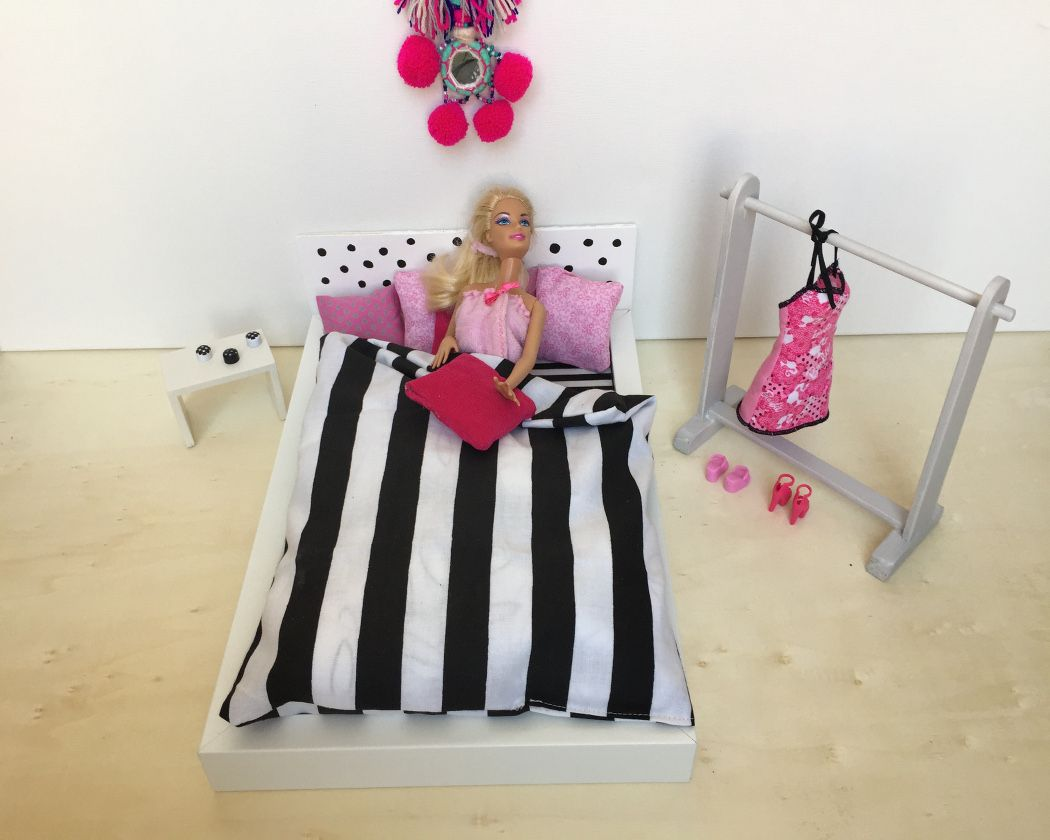Mobili Per Bambole Ikea : Puppenbett ikea hack: ein barbie traum barbie pinterest