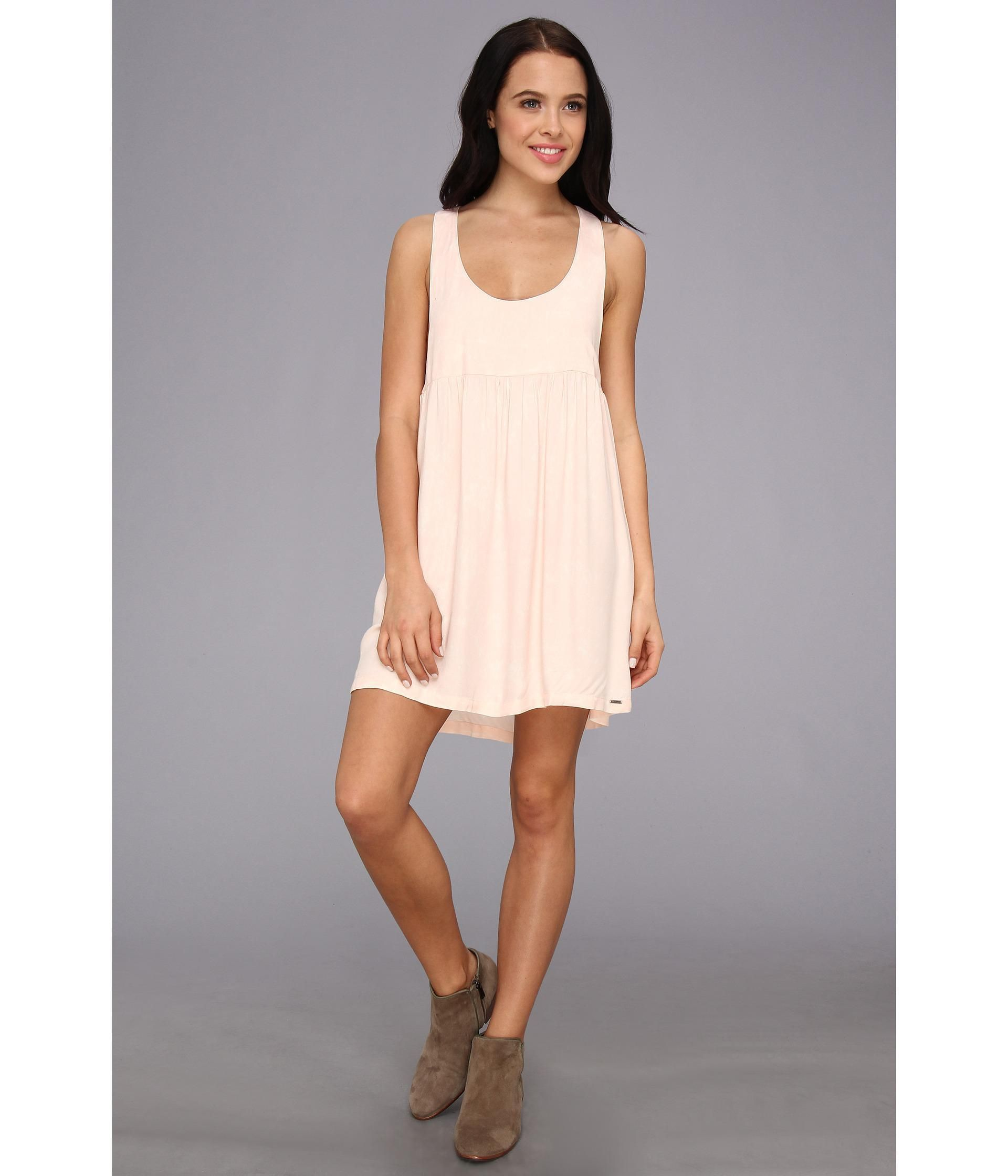 This Volcom® dress is perfect for your next BBQ.. Regular fit has a modern cut that hugs the body ...