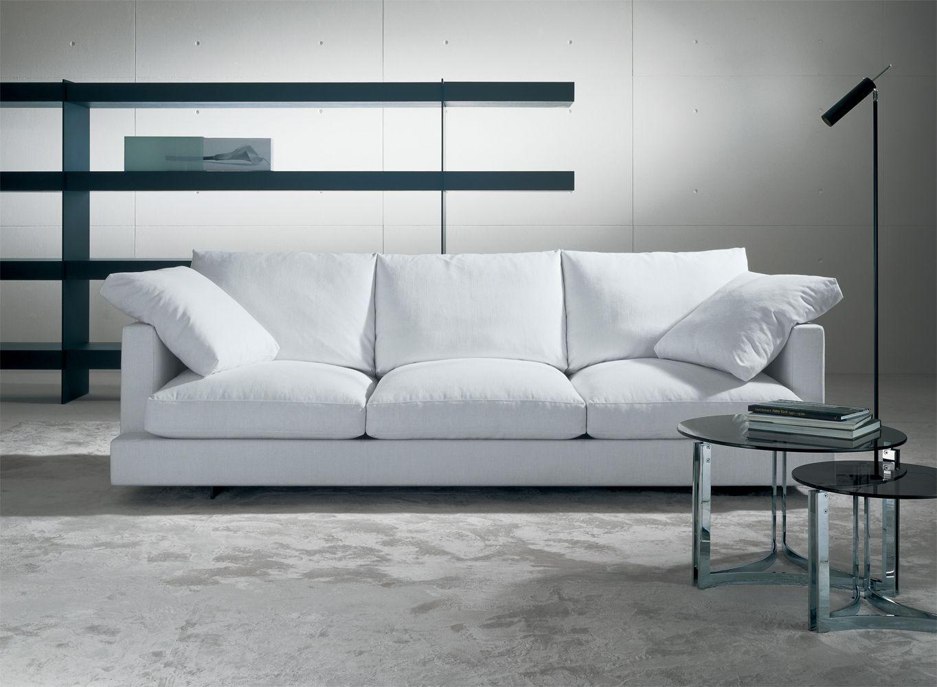 Sof s vintage de casades s dise o atemporal de david casades s sistema de asientos combinable - Muebles de jardin en barcelona ...
