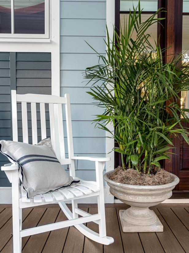Low Country front porch style inspiration at HGTV Dream ...