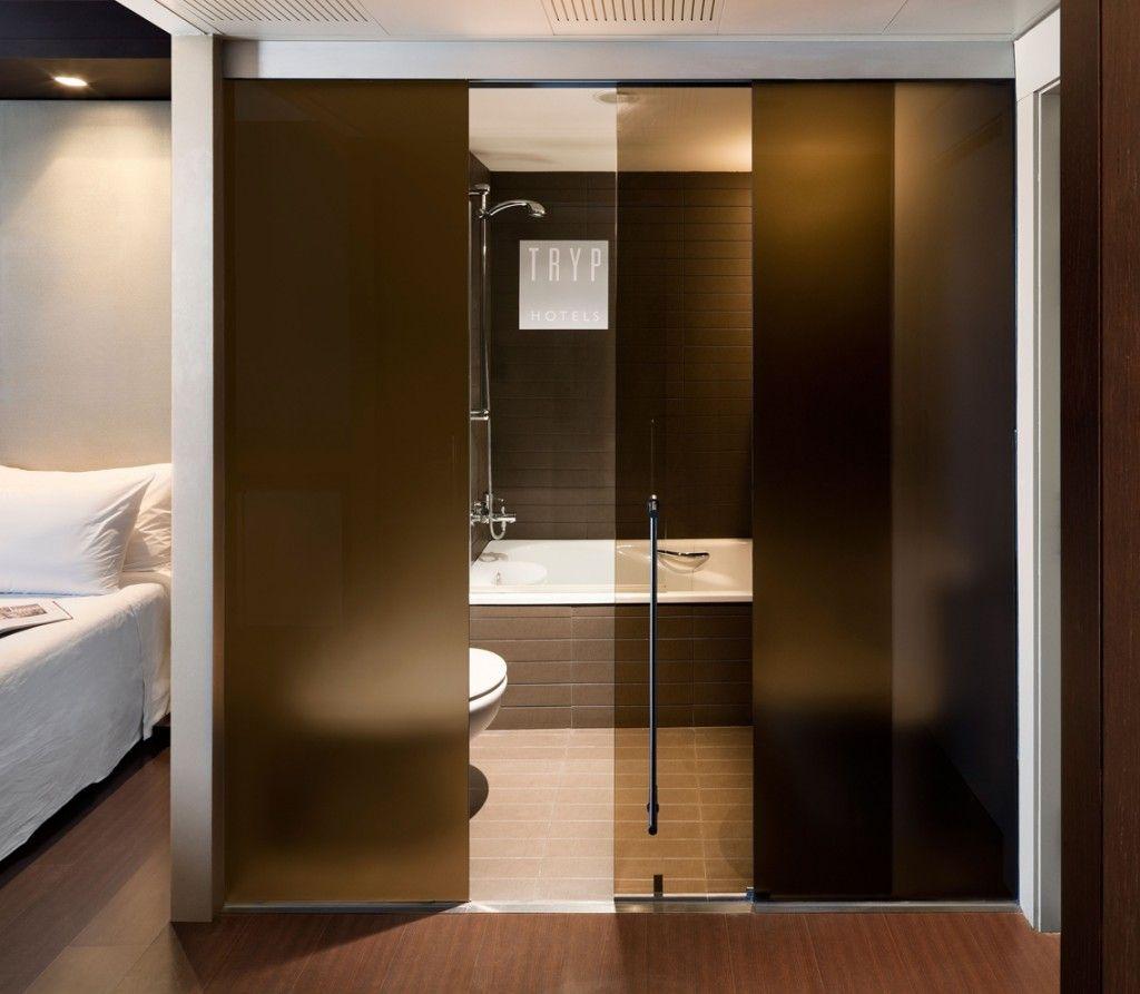 Roll glass1 puertas de cirstal pinterest puertas - Puerta corredera cristal bano ...