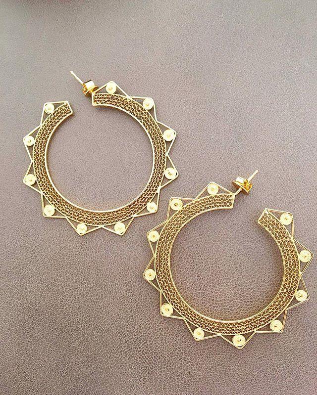 Zig Zag Jewellery: Zig Zag Earrings Are Too Much! ⚜⚜⚜ #tresalmas #zigzag