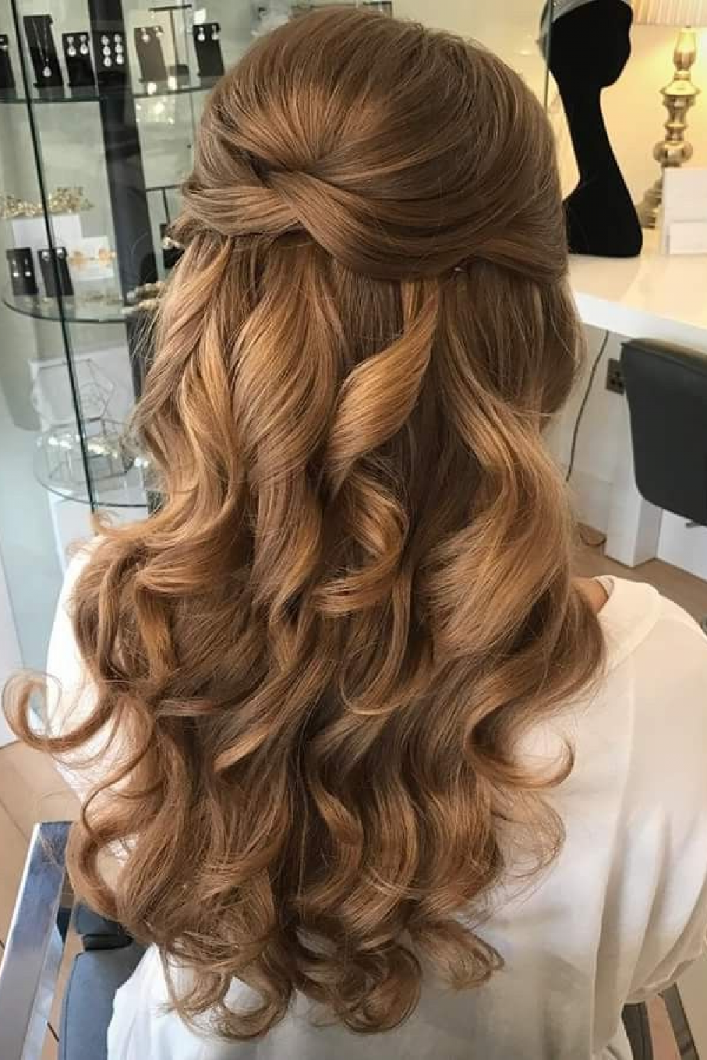 28 Easy Tips For Prom Hair Ideas For You, prom hair up dos, prom hair for strapless dress, prom ...