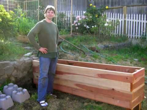 Floating Backyard Deck With Planter Box   DIY