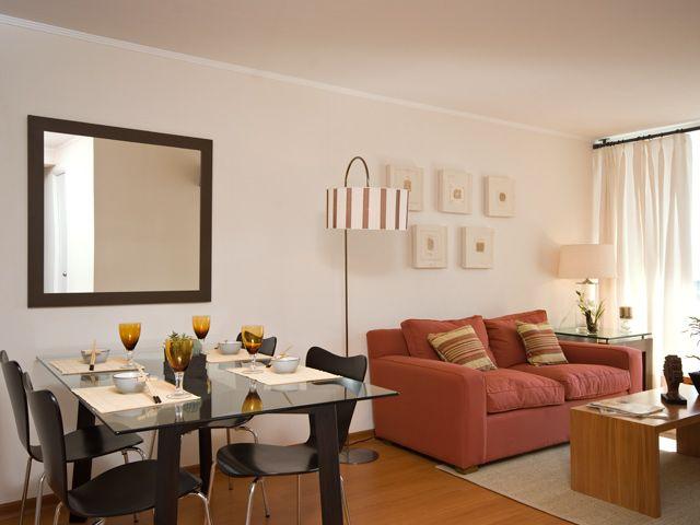 Sala comedor en espacio peque o en una casa o for Salas para espacios pequenos
