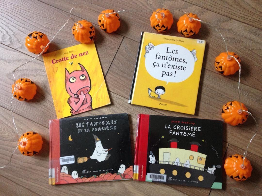 Halloween Selection Sur Les Fantomes Et Un Livre