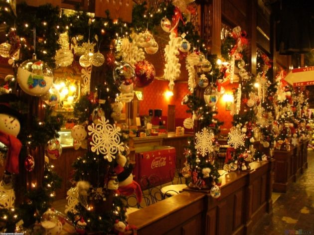 Beautiful Christmas Decorations « INDEZINER Tis the Season