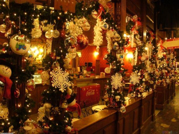 Beautiful Christmas Decorations « INDEZINER Tis the Season