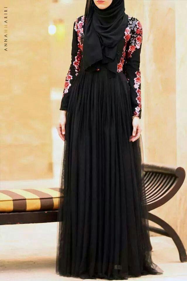07b8afa4a3e6 Beautiful Black Dress, Floral #hijab #hijabi #fashion | Burqa ...