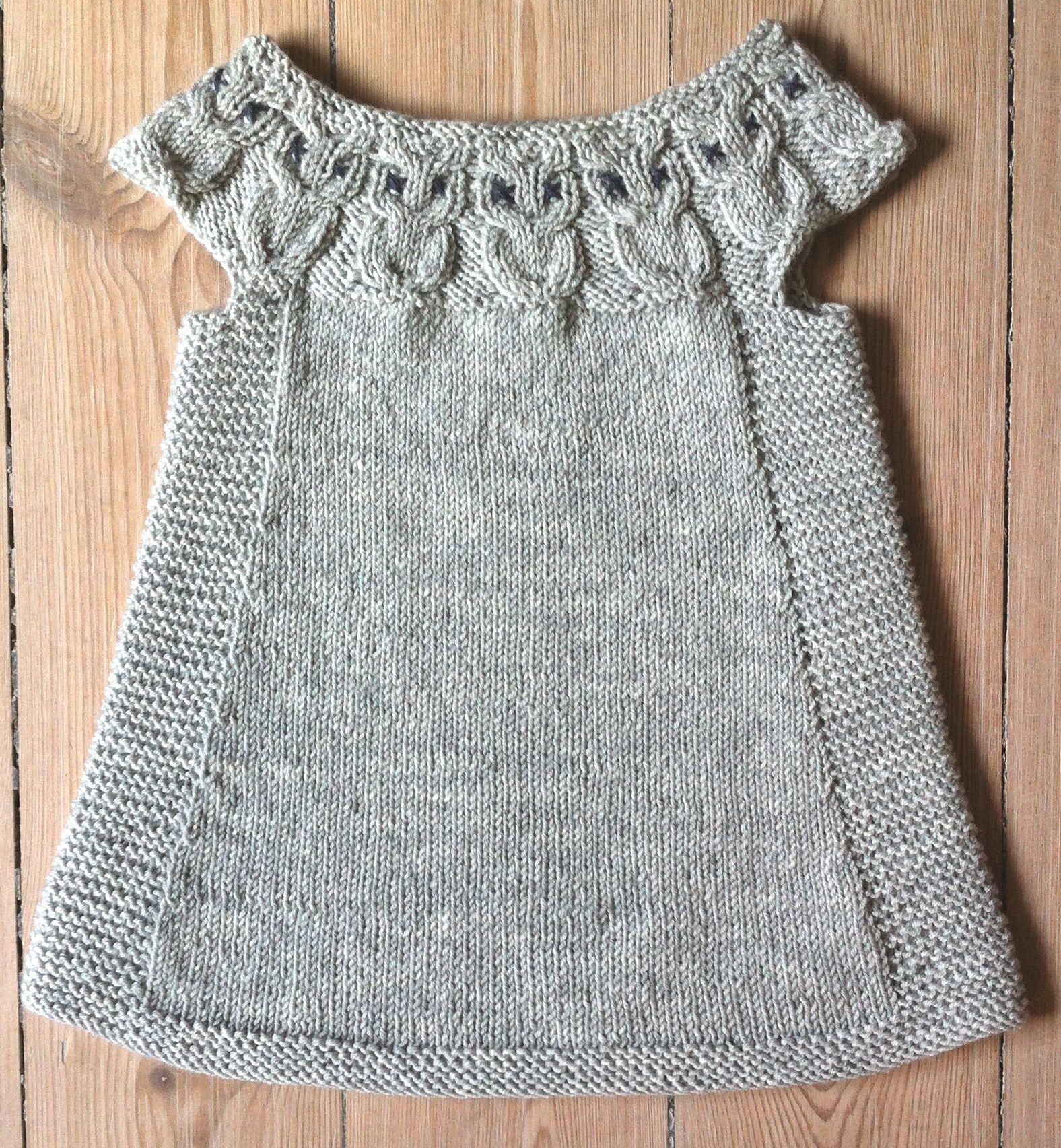 163, tunika med ugler i bærestykket   Babysachen, Stricken und Garn