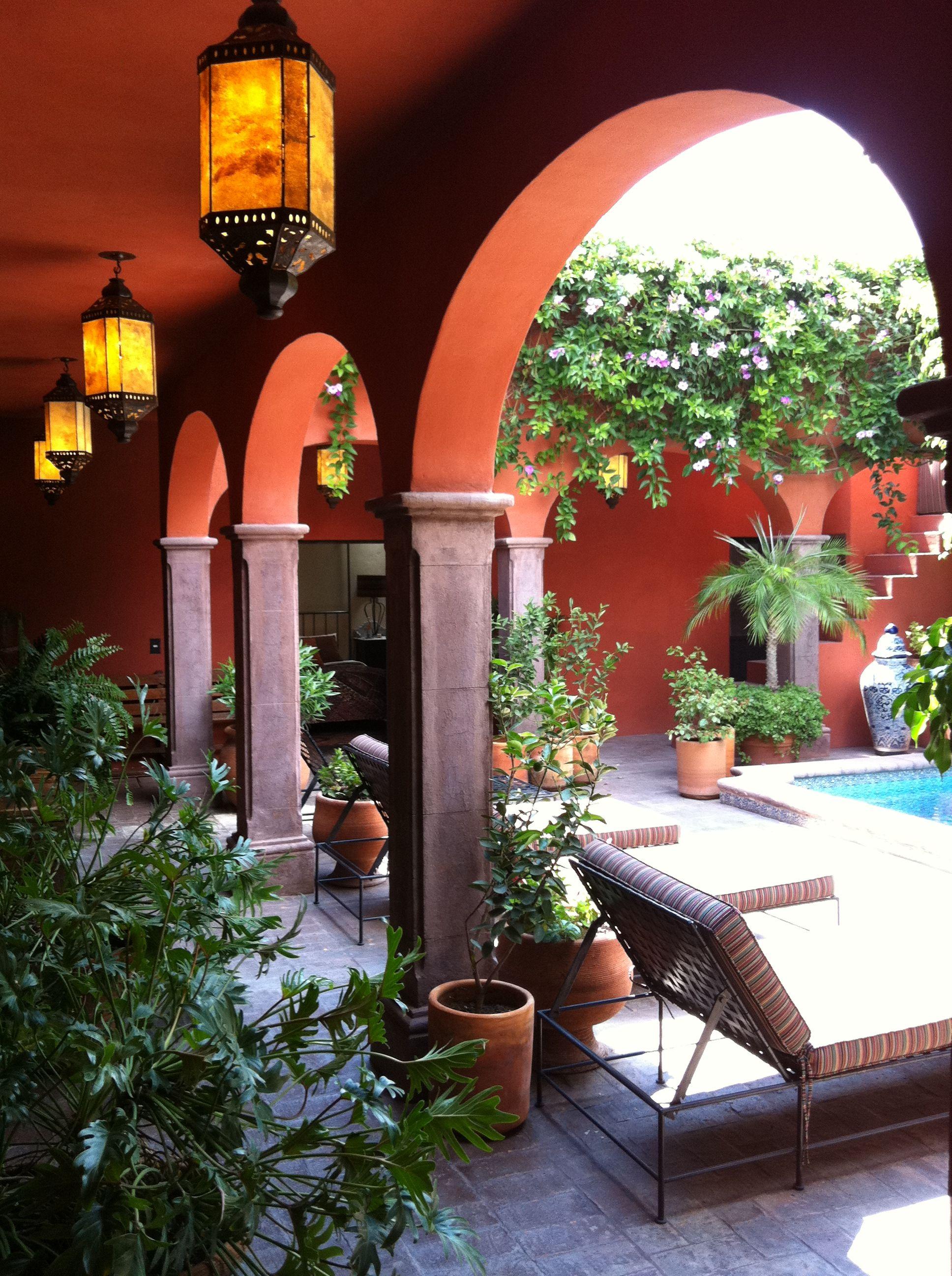 mexican decor san miguel mexico livingroom mexiko wohnideen und garten. Black Bedroom Furniture Sets. Home Design Ideas