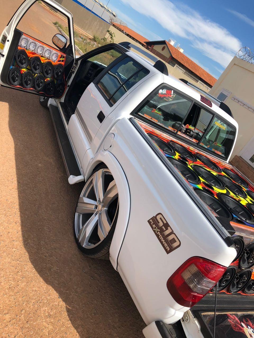 S10 Rebaixada Com Rodas Replicas Do Camaro Zl1 Aro 24 Fotos De