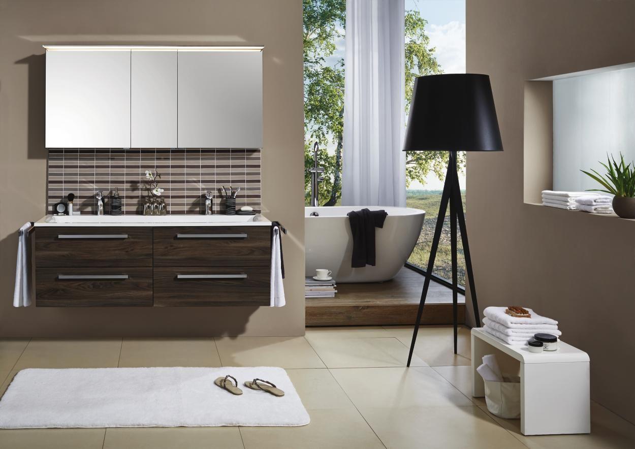 Exklusives Badezimmer in Weiß von NOVEL | Badezimmer | Pinterest ...