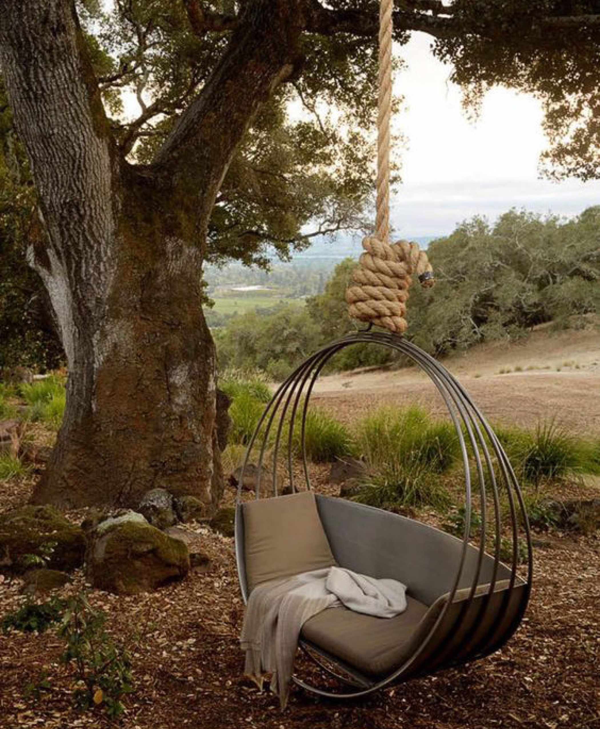 bed swing in the garden Outdoor hanging bed, Outdoor