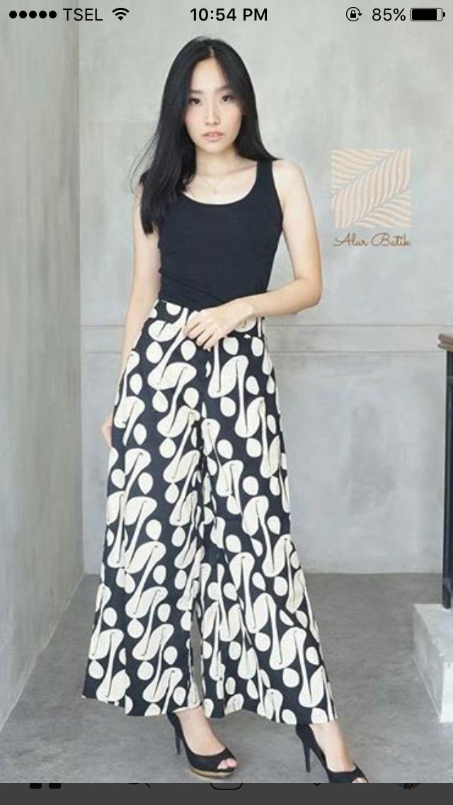 Pin Oleh Luciana Luvian Di Moda Wanita Gaun Pesta Dan Kain