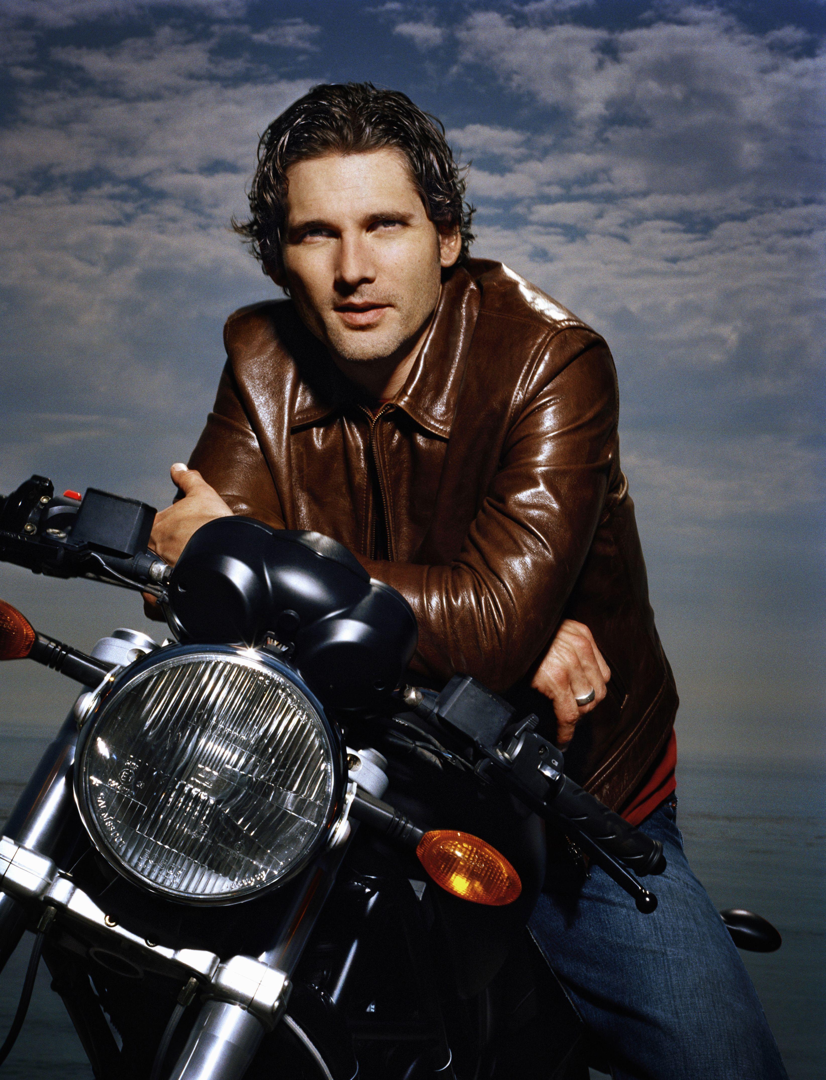 Картинки мужчин с мотоциклами загрузить