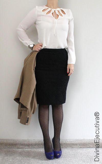 291bcdac7 Saco camel: MNG Blusa hueso: Zara Falda negra con encaje: Zara ...