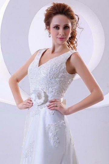V-Ausschnitt Applikation Blume Schleife verziertes Knopfe Hochzeitskleid mit Hof-Schleppe
