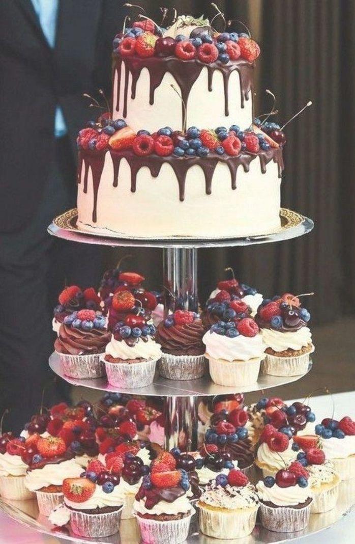 Hot Chocolate With Banana Clean Eating Snacks Recipe In 2020 Wedding Cake Alternatives Wedding Desserts Cheesecake Wedding Cake