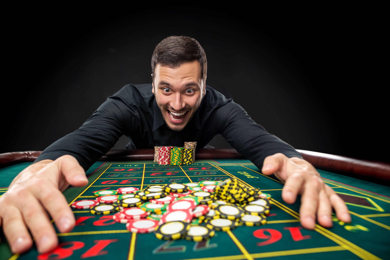 Играть в казино игрун онлайн игры бесплатно без регистрации