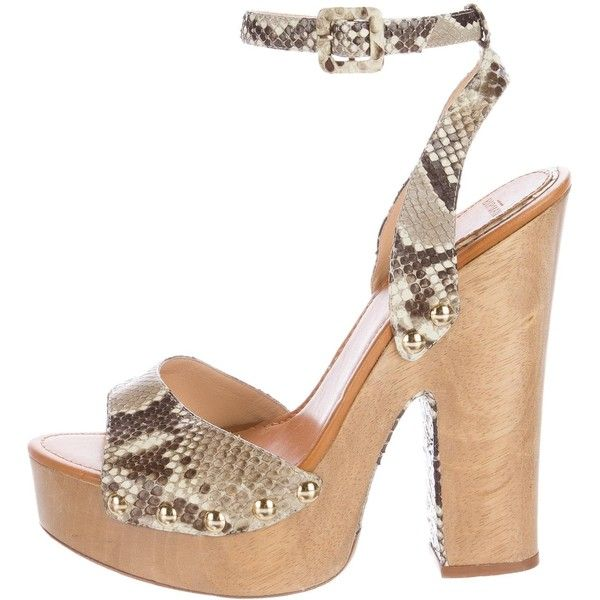 Pre-owned Alexandre Birman Snakeskin Platform Sandals ($180) ❤ liked on Polyvore featuring shoes, sandals, animal print, animal print shoes, studded sandals, snakeskin sandals, platform sandals and ankle strap shoes