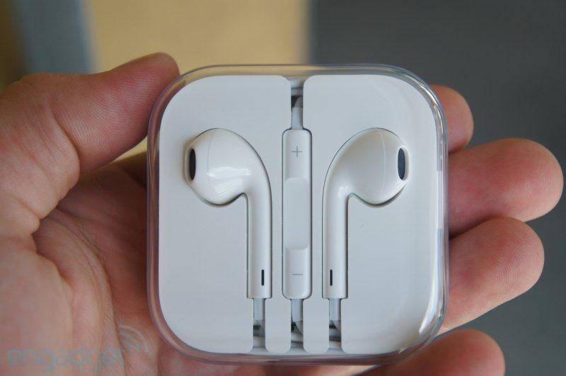 Apple EarPods hands-on - Engadget Galleries