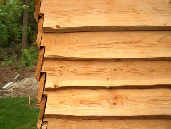 Wandplanken Van Beton : Op de hoeken moet bij potdekselen de plank in de juiste hoek worden