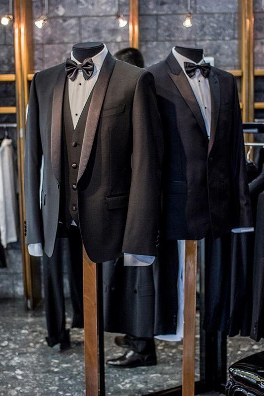 Le bellissime immagini dell' evento con i sarti di Dolce&Gabbana nel THE BEST SHOPS Italiani Boutique di Pescara ....!https://www.facebook.com/pages/Italiani-Boutique/500279863341807 …