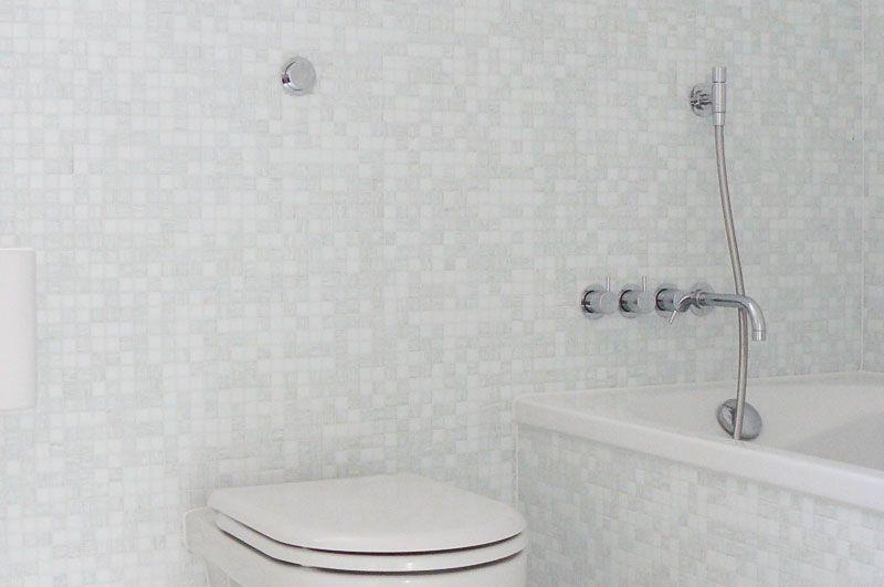 Bad Mit Glasmosaik Bisazza Und Epoxyfuge Shine Glasmosaik Fliesen Mosaik