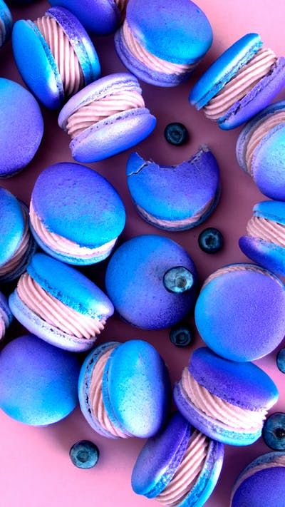 Blueberry Cheesecake Macarons