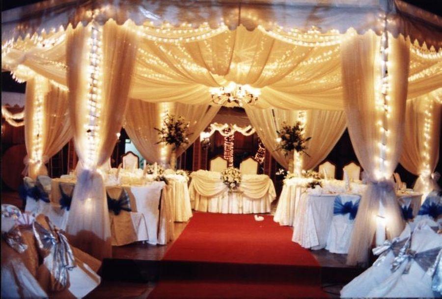 Simple Outdoor Wedding Decoration Night