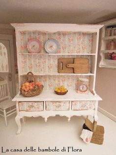 High Quality Queen Anne Dresser   1/12 Dolls House Dollhouse Miniature