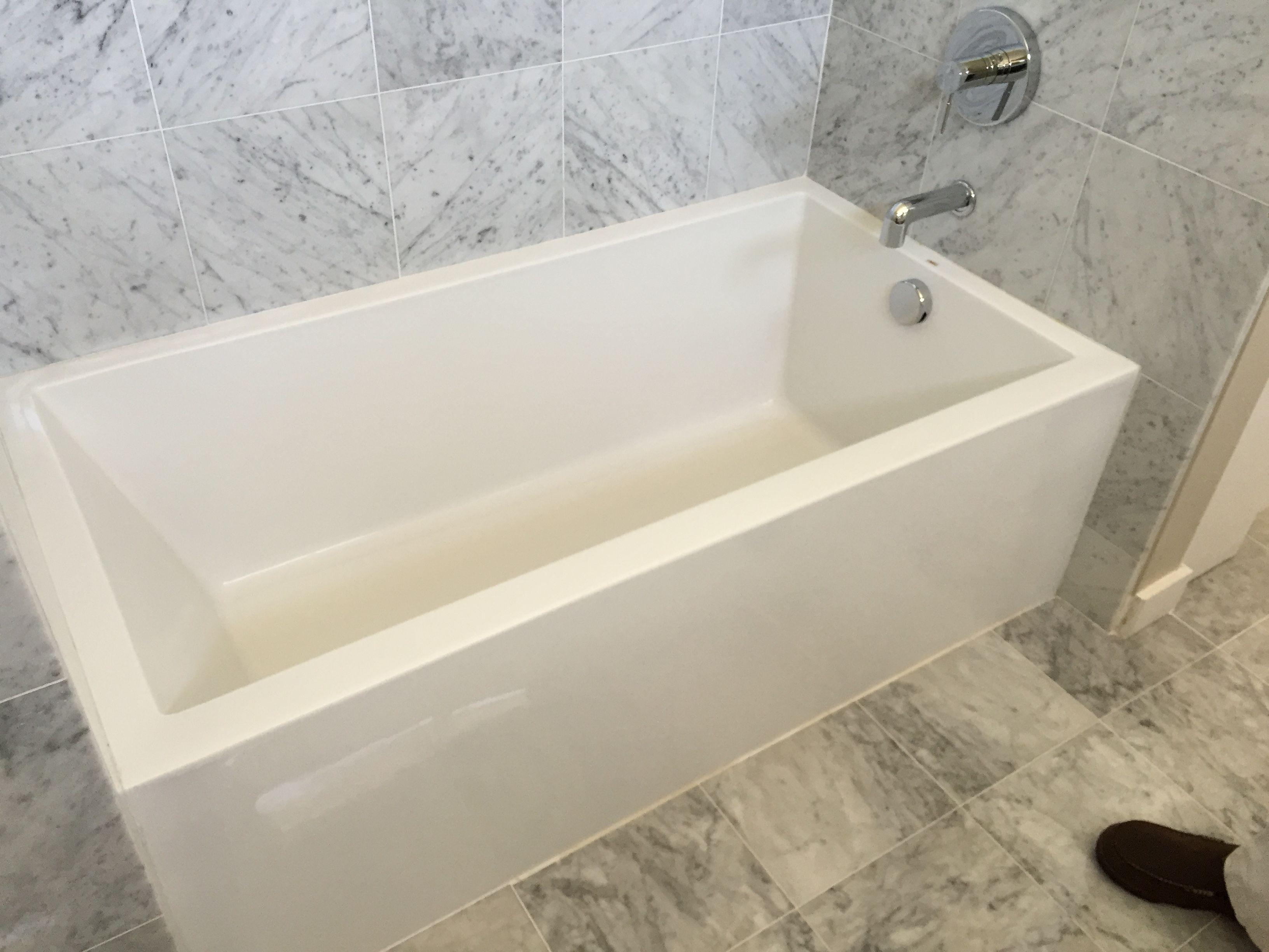 mirabelle bathtub tub diagonal standard reviews albert edenton victoria fish tubs soaking dimensions soaker