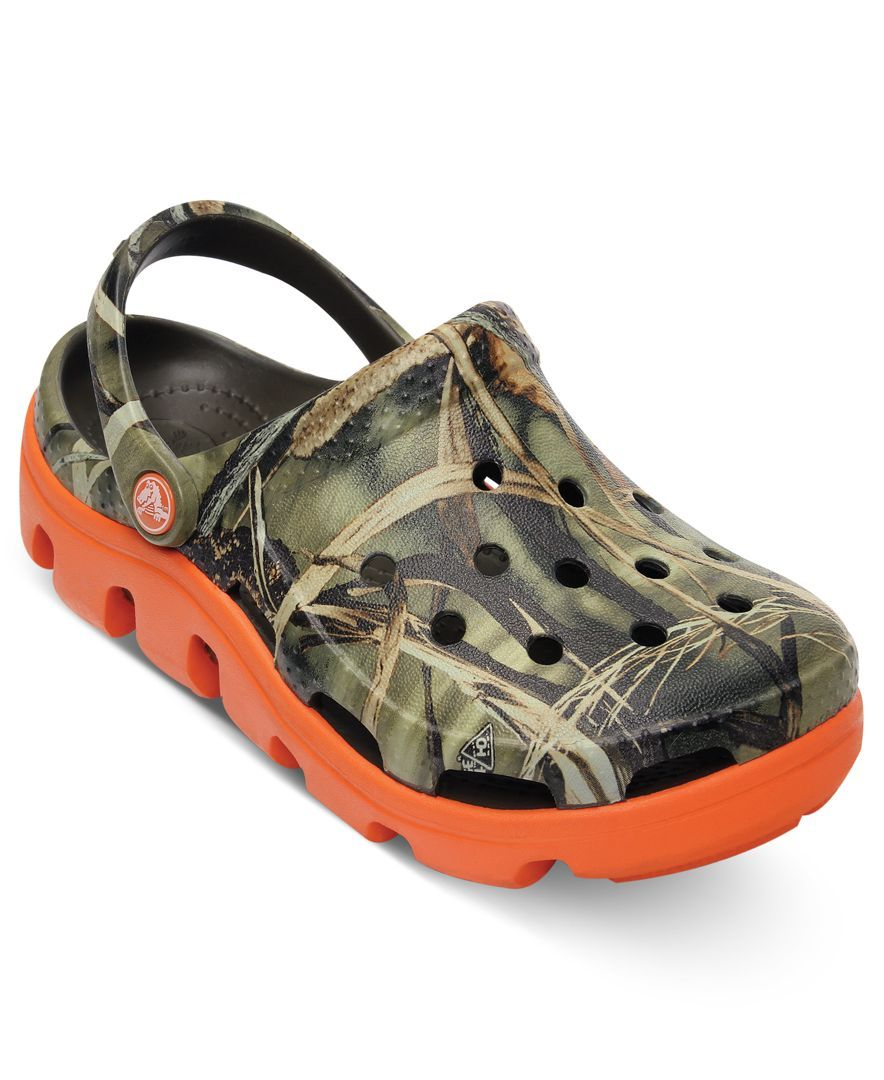 Crocs Kids Shoes, Boys or Little Boys Duet Sport Realtree Clogs