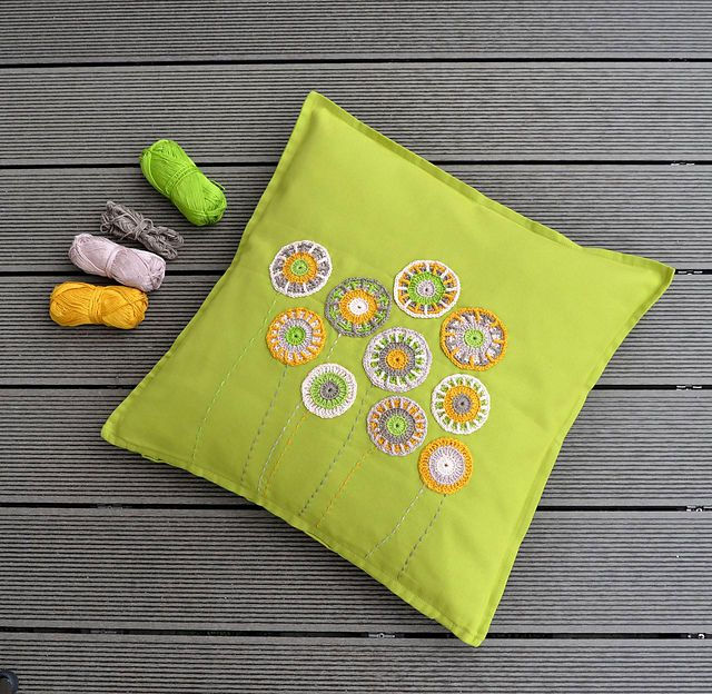 Ravelry Papote Et Placote Discussion Topic Liens Sites De Fascinating Decorate Your Own Pillow
