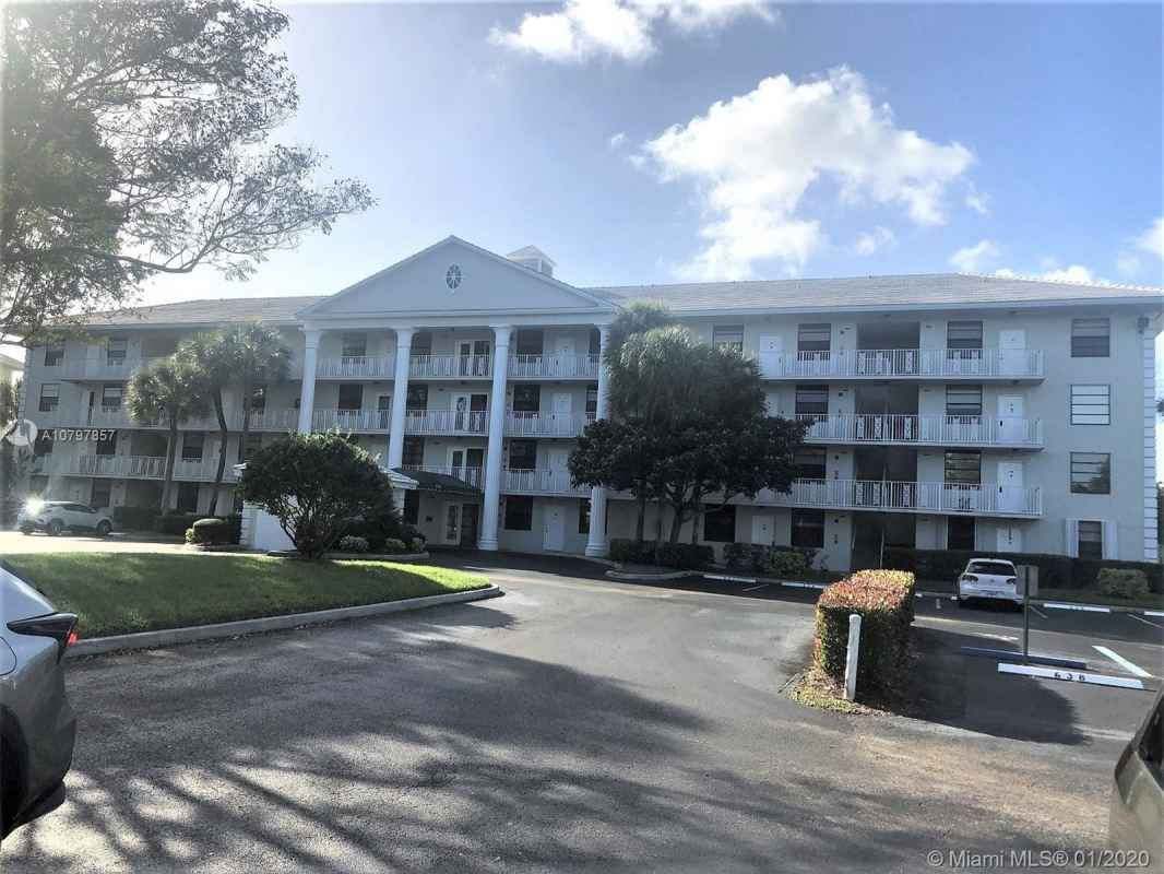 Whitehall Of Pine Island 2 Bedrooms 2 Baths Davie Fl Call Today For Showing 954 779 6106 In 2020 Pine Island Broward County Florida House Styles