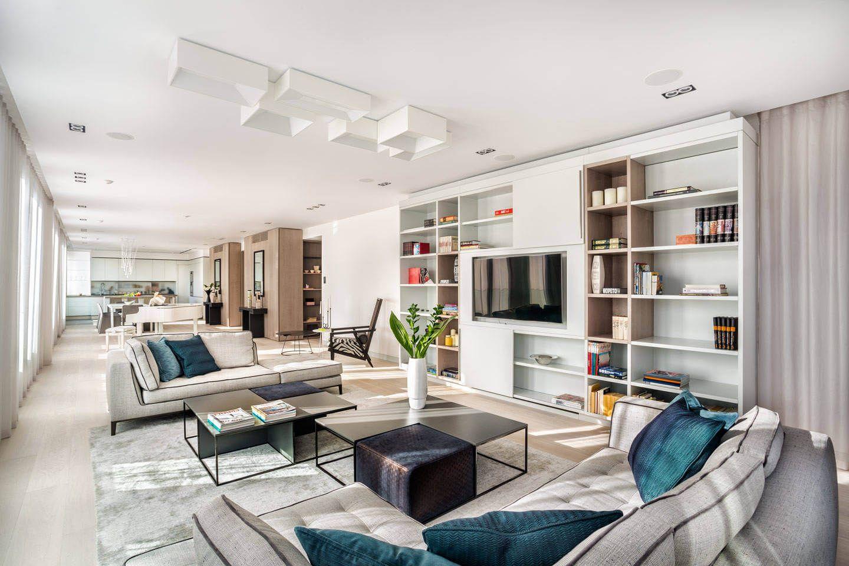 Luxury European Penthouse By Knof Design Wohnraumgestaltung Helle Wohnzimmer Inneneinrichtung