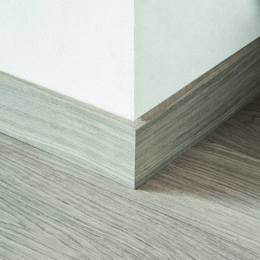 Quick Step White Varnished Oak Parquet Skirting 14 X 100 X 2400mm Design Qs1283 Baseboard Styles Modern Baseboards Flooring