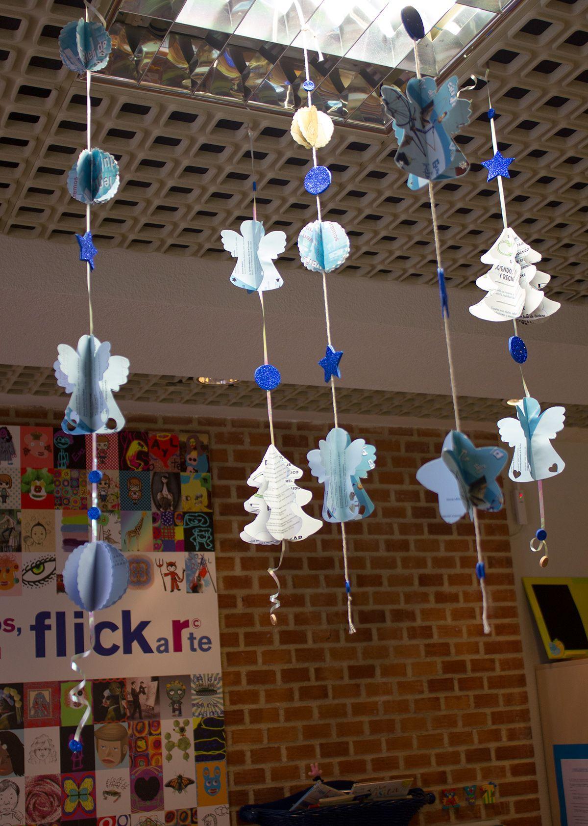 Decoracion navidad 2013 reciclando gu as de lectura y carteles sala infantil navidad Adornos navidad infantil